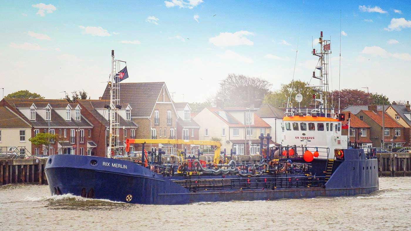 Rix Merlin in the port of Hull